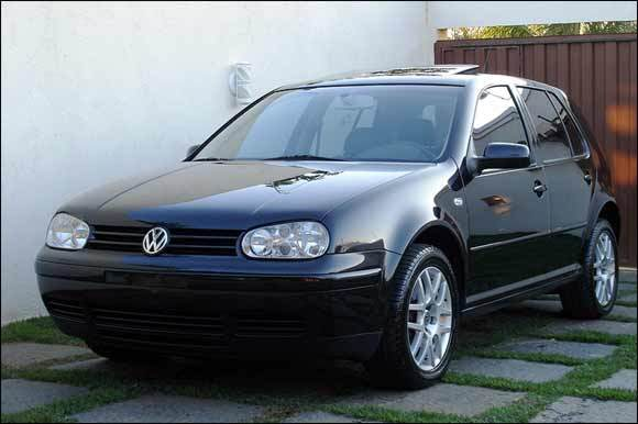 Volkswagen-Golf-GTI-esportivo-turbo-Tiptronic