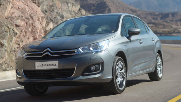 Citroen-C4-Lounge-Sedan-Brasil-flex