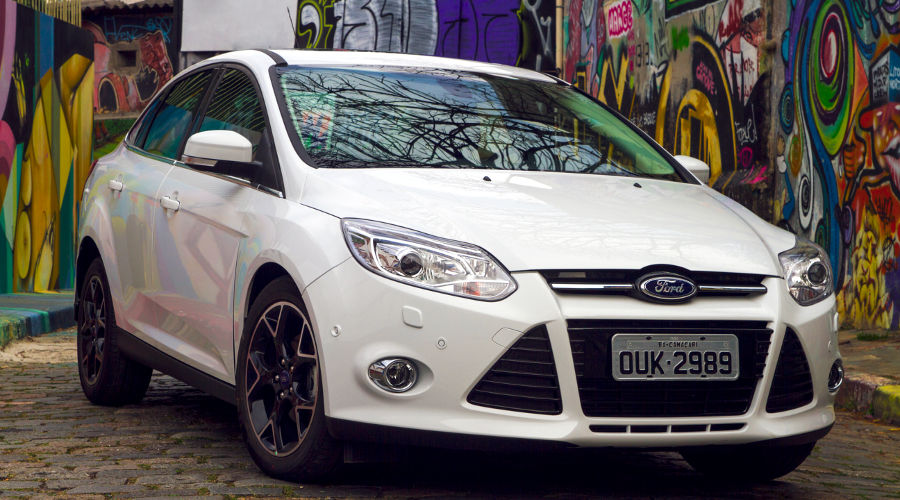 Ford-Focus-III-Brasil-2014-novo-Sedan-Titanium-Powershift-visual