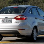 Ford-New-Fiesta-Sedan-2014-SE-Titanium-Brasil-traseira-Powershift