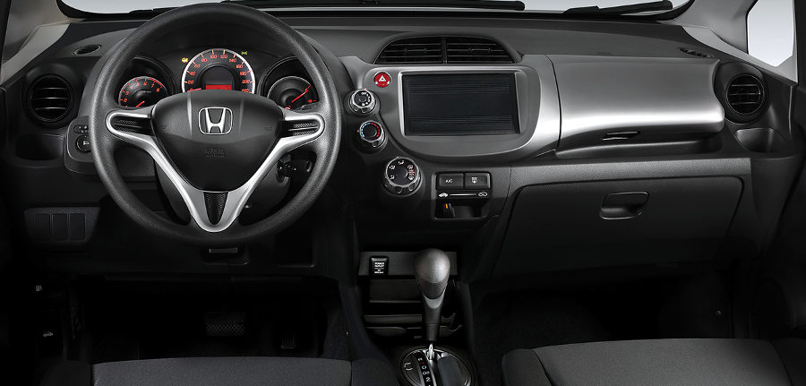 Honda lan a fit cx 2014 nova vers o de entrada melhora o for Interno 1 jazz council