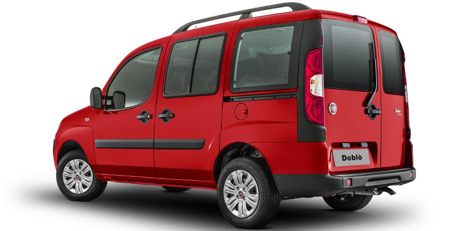 Fiat-Doblo-2014-Essence-visual-traseira