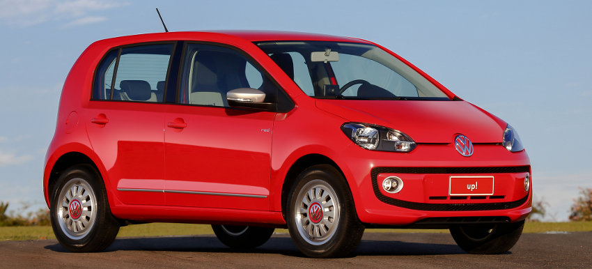 Volkswagen-up-Brasil-2016-flex-take-move-high-red