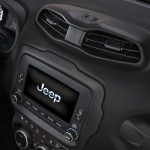 Jeep_Renegade-Latitude_02