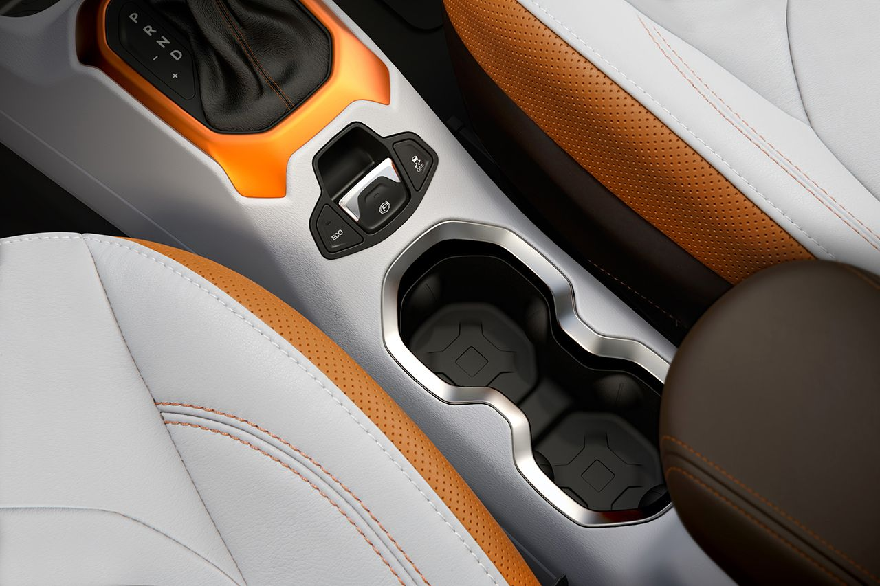 Jeep_Renegade-Limited_02