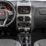 Fiat-Palio-Weekend-Attractive-2015-Brasil-painel