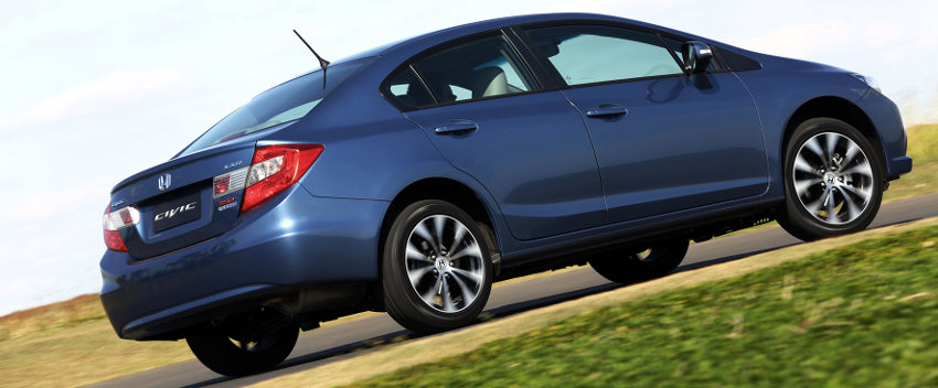 Honda-Civic-LXR-2015-Brasil-sedan