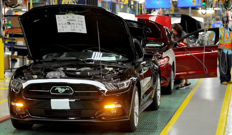 Ford-Mustang-2015-fabrica