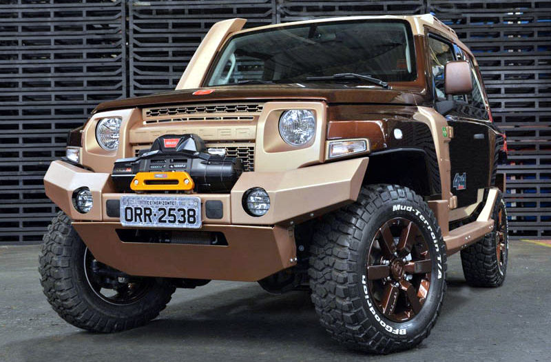 Troller-T4-Off-Road-2015
