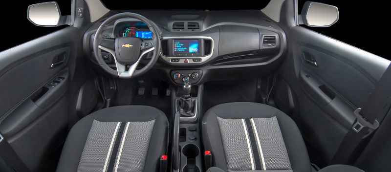 Chevrolet-Spin-Activ-2015-painel