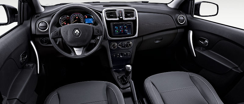 Renault-Logan-Exclusive-2015-interior-painel