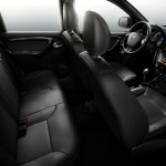 Renault-Duster-Oroch-2016-picape-interior