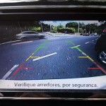 Nissan-March-SL-2016-painel-camera-re