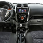 Nissan-March-SL-Colors-Multi-App-central-multimidia-tablet-2016