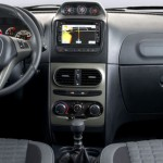 Fiat-Idea-Adventure-Extreme-painel-central-multimidia
