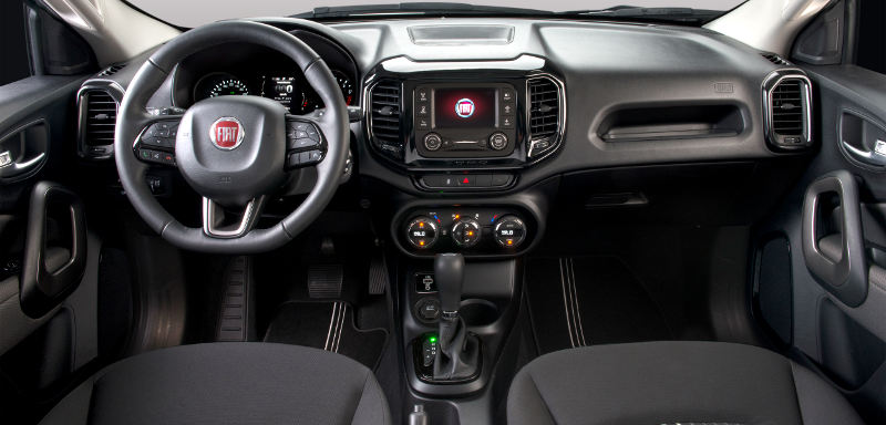 Fiat-Toro-Freedom-2017-picape-painel