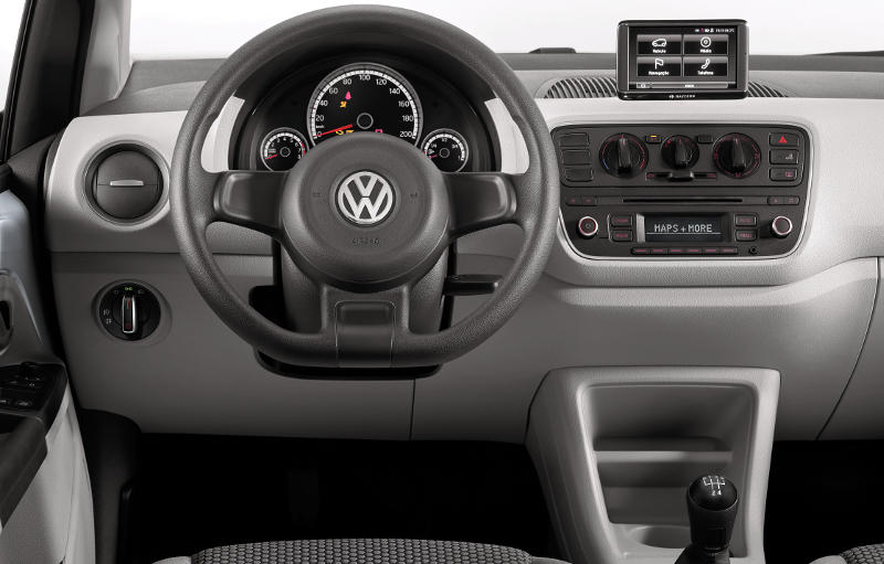 Volkswagen-Move-Up-TSI-painel