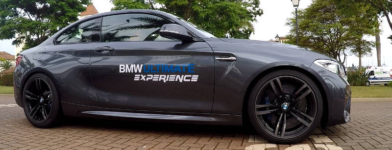 BMW Ultimate Experience BMW M2 de perfil