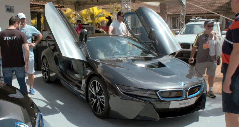 Fotos das portas do BMW i8
