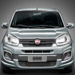 Foto da dianteira do Fiat Uno Attractive 2017