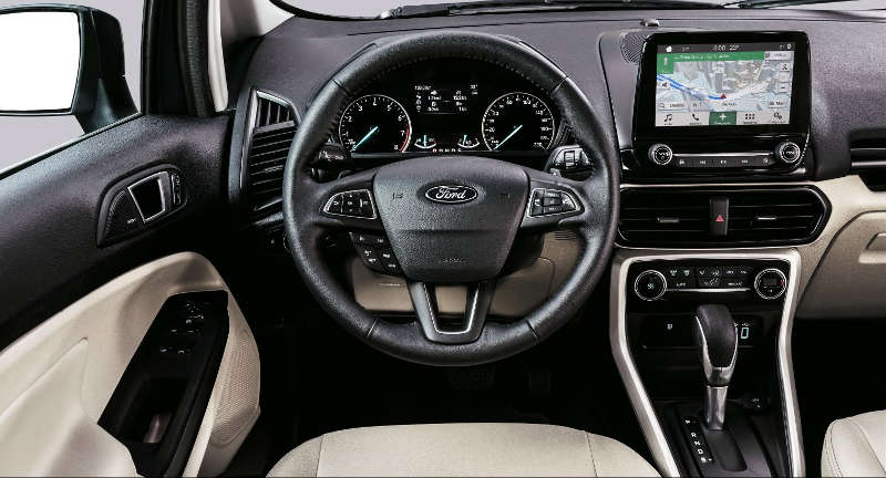 Quadro de instrumentos e central multimídia do Ford EcoSport Titanium 2018