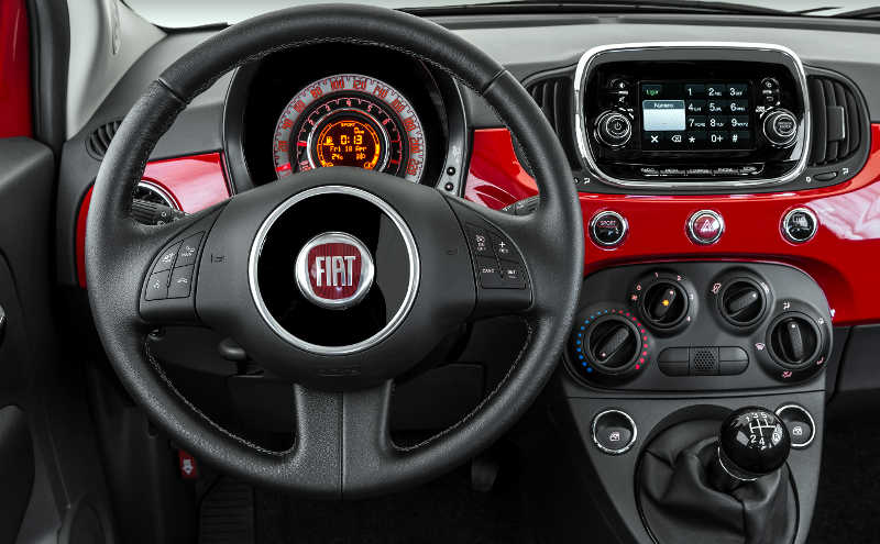 Painel do Fiat 500 Cult 2017