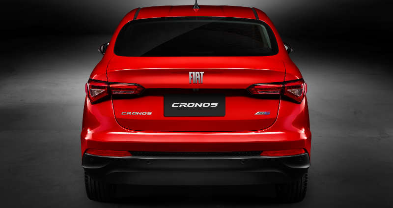 Visual da traseira do Fiat Cronos Precision