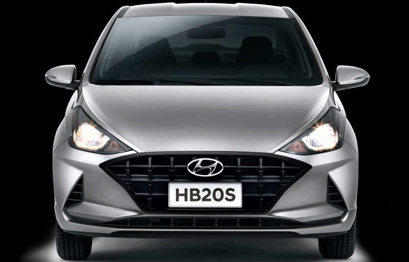 Dianteira do Hyundai HB20 e do HB20S Vision 2021