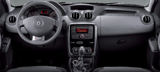 Renault-Duster-interior-painel-Brasil