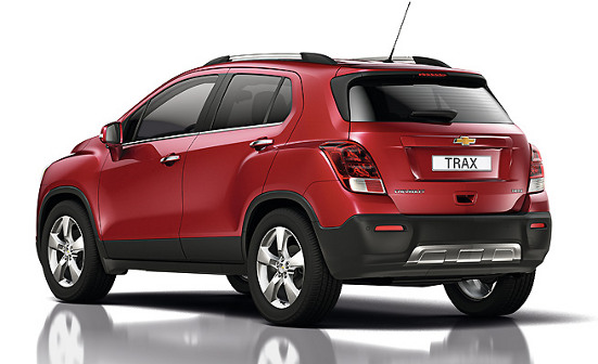 Chevrolet Trax Enjoy SUV mini Captiva Tracker traseira