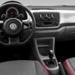 Volkswagen-up-move-high-red-white-black-interior-painel-I-Motion-Brasil-2015