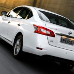 Nissan-Sentra-Unique-CVT-Xtronic-2016