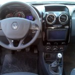 Renault-Duster-Oroch-2.0-2016-painel