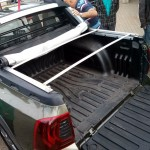 Renault-Duster-Oroch-2.0-2016-traseira