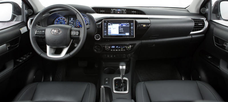Toyota-Hilux-2016-painel