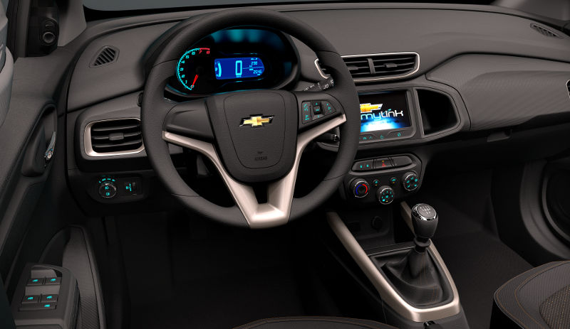Chevrolet-Onix-2016-painel-MyLink