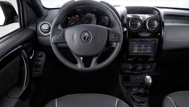 Renault-Duster-Oroch-2017-painel-cambio-automatico-GPS