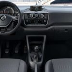 Painel do Volkswagen Connect up 2018 TSI turbo