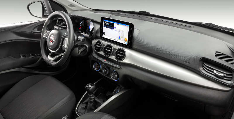 Painel com a nova central multimídia do Fiat Argo 2019