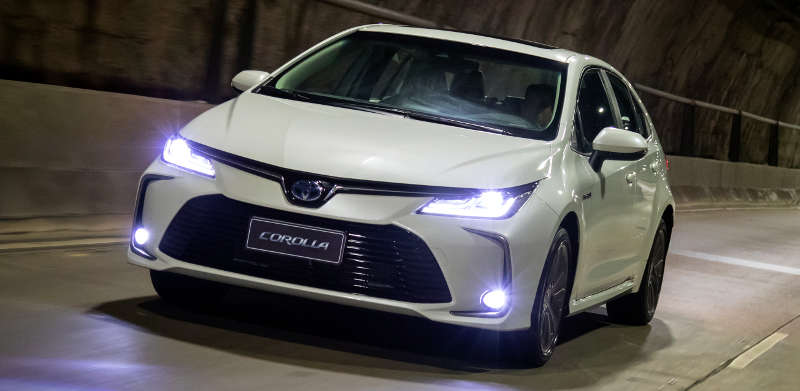Faróis full LED do Toyota Corolla Altis Hybrid (híbrido) 2020